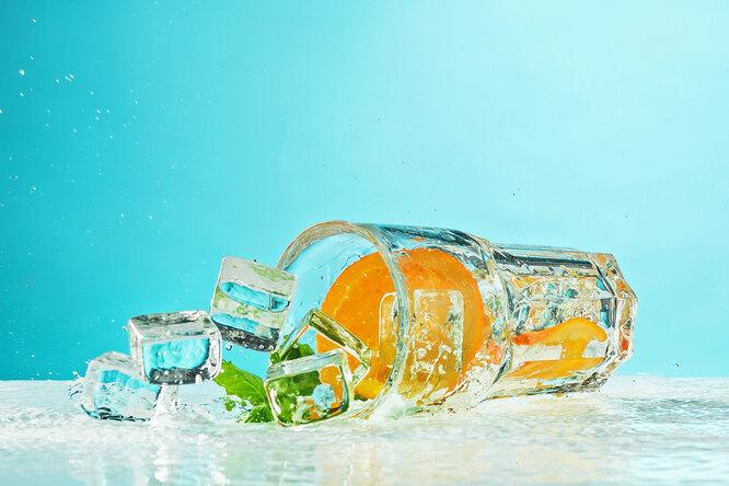 Можно ли пить воду во время еды: что говорит наука