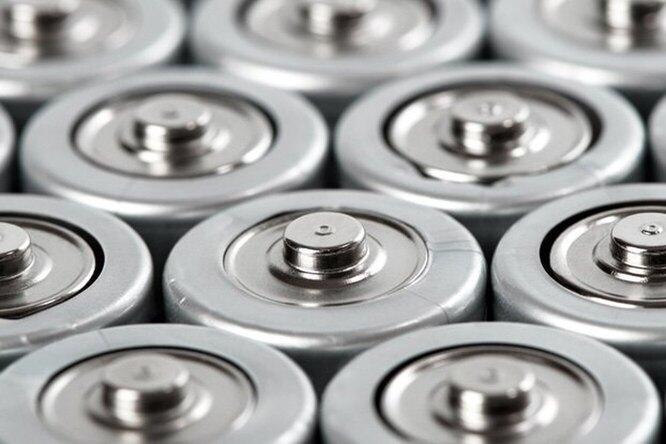 Почему алюминиевые батарейки лучше литий-ионных?