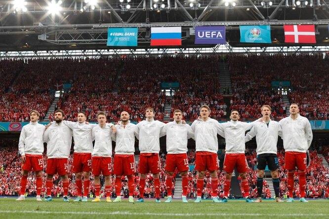 Футболистам российской сборной предложили урезать зарплаты после матча сДанией