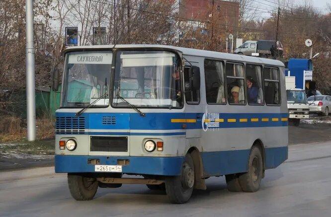 <br />Родник-3230. Родниковский машиностроительный завод расположен в городе Родники Ивановской области и специализируется на производстве горно-шахтного оборудования. В 1996&mdash;2008 годах занимался мелкосерийным производством автобусов марки &laquo;Родник&raquo;.<br />&nbsp;