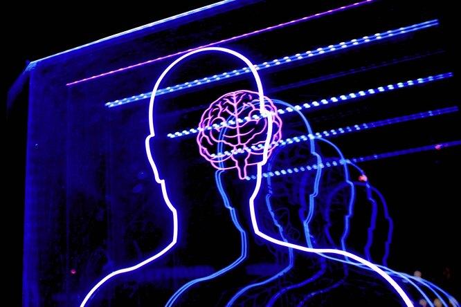 В США одобрили первое лекарство отболезни Альцгеймера