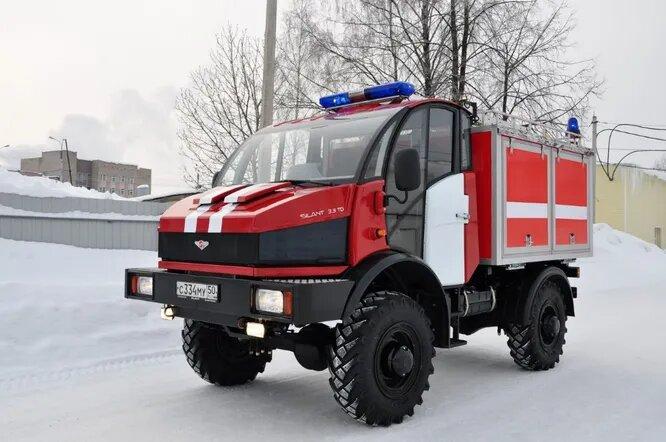 <br />Silant 3.3TD. Silant &ndash; это торговая марка ОАО &laquo;Автоспецоборудование&raquo; (Великий Новгород). В 2010-2012 годах завод производил различные спецмашины собственной конструкци, в основном &ndash; пожарного назначения.<br />&nbsp;