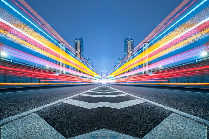 Россияне поддержали снижение скорости нагородских дорогах — исследование