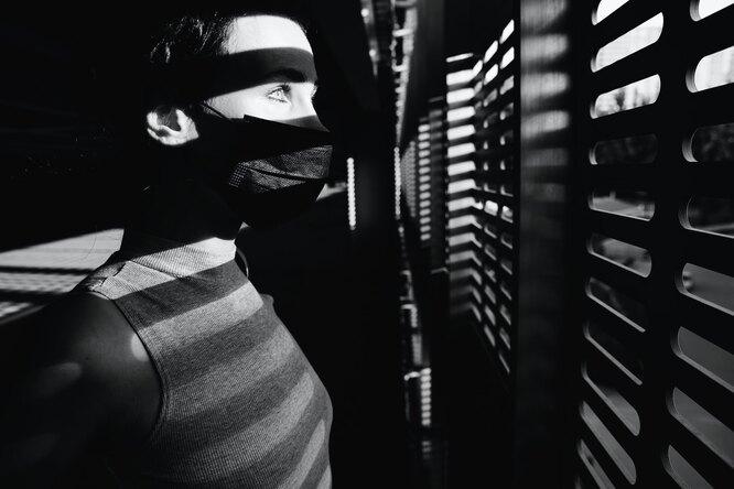 В Йельском университете нашли связь между пандемией ипаранойей