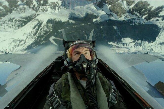 Видео: Том Круз прыгает спарашютом четыре раза подряд, чтобы снять сцену дляфильма «Миссия невыполнима 7»