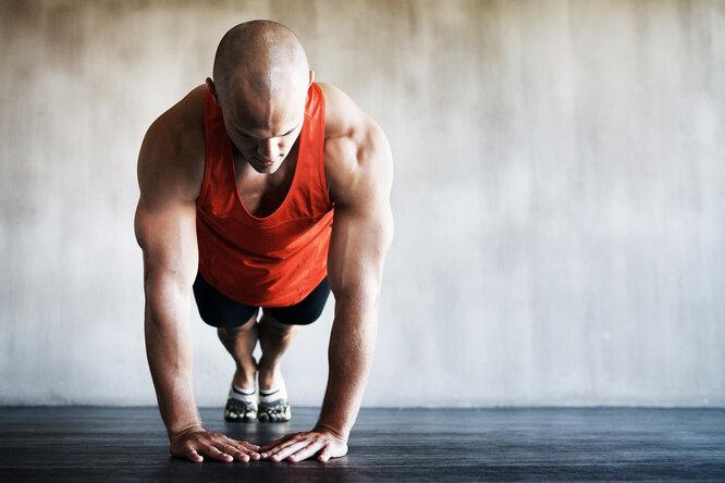 7 лучших упражнений натрицепс длякрепких ирельефных рук