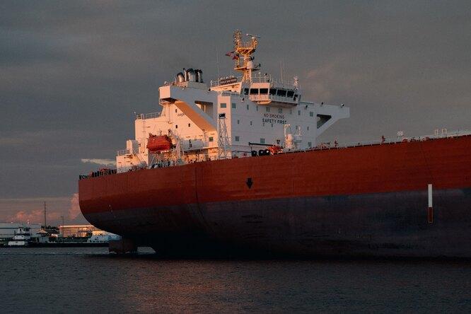 «Спасителю Суэцкого канала» наконец заплатили сверхурочные запереработку во время эвакуации танкера