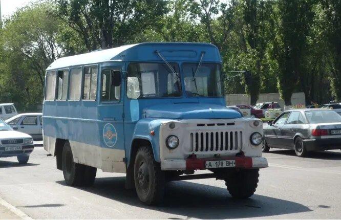 <br />ТАвЗ/ТАрЗ (Киргизия). С 1976 года Токмакский авторемонтный завод №1 (ТАрЗ №1) начал производить цельнометаллические автобусы и производил их вплоть до начала 2000-х. На снимке ТАрЗ-002Б (1982). От других автобусов на той же базе визуально отличается оригинальной формой маршрутоуказателя над лобовым стеклом.<br />&nbsp;