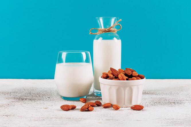 Что такое растительное молоко ичем оно отличается отобычного коровьего
