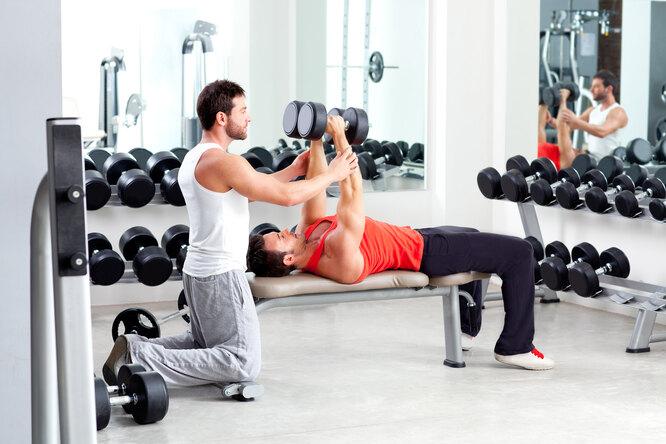 Зачем нужен персональный тренер: 7 преимуществ тренировок снаставником