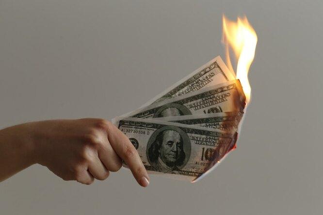 Сбербанк подсчитал, сколько денег крадут мошенники со счетов россиян каждый месяц