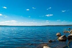 10 самых красивых инеобычных озер наЗемле