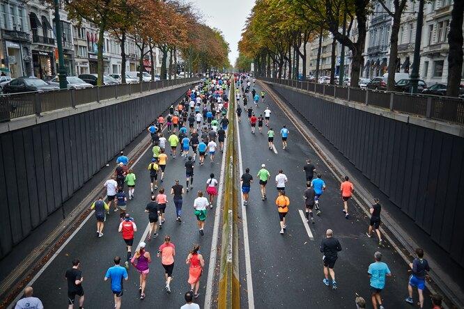 Падение марафонской стены: как найти всебе силы бежать дофинальной черты