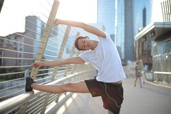 Растяжка отболи вспине: 5 упражнений, которые облегчат жизнь