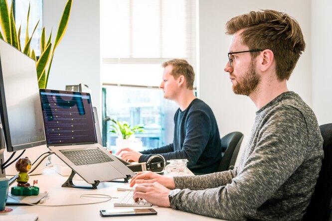 Исследование: где нужно сидеть вофисе дляболее продуктивной работы