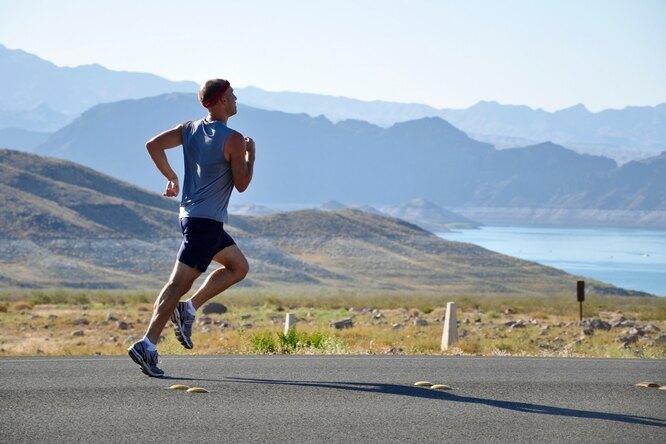 Большой угол наклона туловища прибеге увеличивает риск получения травм
