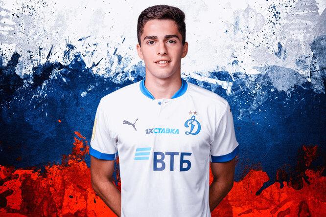 Арсен Захарян: что известно оновом самом молодом игроке сборной России