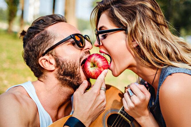 Что вреднее — яблоко или шоколад? Популярные заблуждения оздоровье зубов