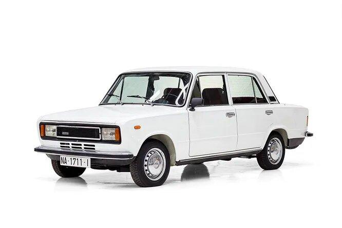 Seat 124 (Испания, 1968). Модель выпускалась на Seat в результате тесного сотрудничества с Fiat вплоть до 1980 года, имела две модификации – седан и универсал, а также ряд специальных версий, например, полицейскую (всего около пятнадцати). Также имела фейслифтинговую версию – модель Seat 1430.
