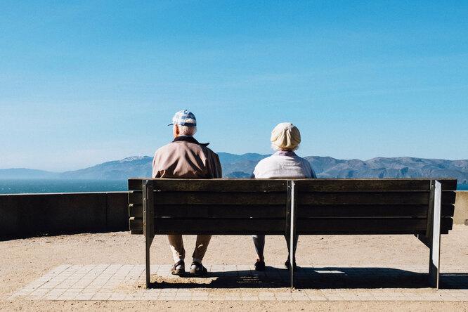 8 признаков того, что вашим пожилым родителям больше нельзя жить водиночестве