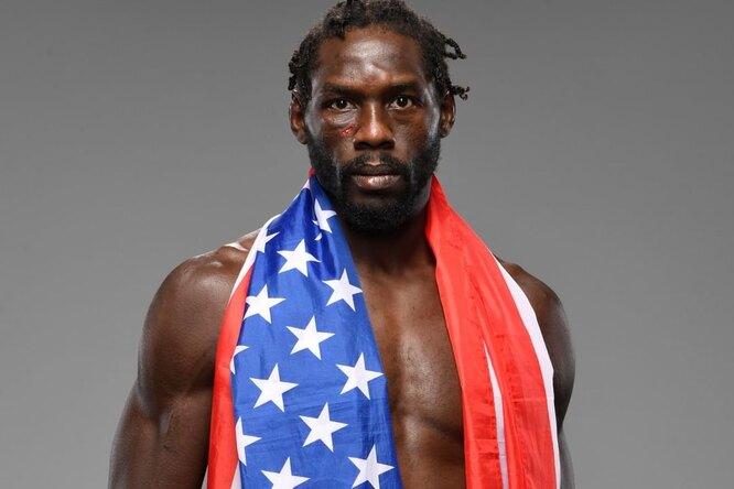 Боец UFC заявил освоем банкротстве сразу после победы вглавном бою турнира