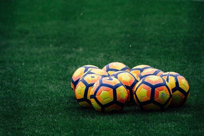 Норвежские футболисты устроили оргию прямо нагазоне домашнего стадиона