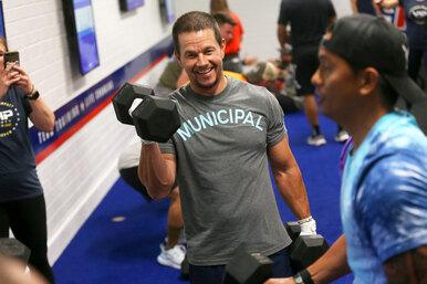 Самые атлетичные актеры Голливуда: принципы их тренировок ипитания