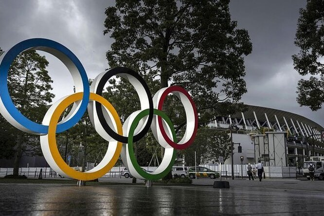 Россиянин выиграл золото наОлимпиаде со сломанной рукой