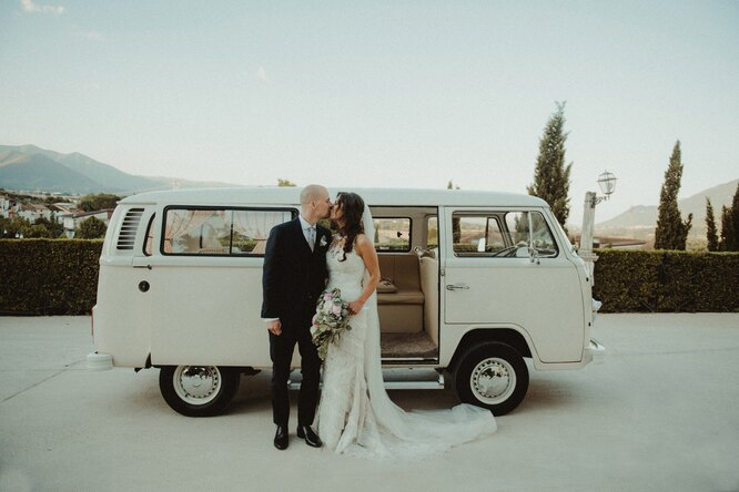 Россияне назвали приемлемую стоимость свадебной церемонии