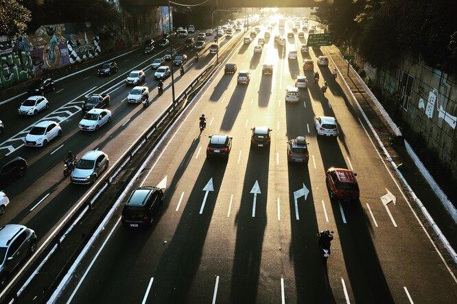 В Европе хотят запретить продажу машин набензине к2035 году