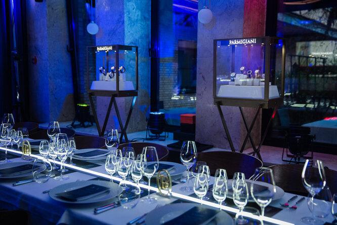 «The Timeless Dinner»: вМоскву впервые привезли шедевры часового искусства отParmigiani Fleurier