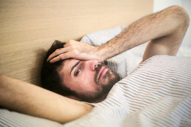 Недосып повышает риск развития деменции