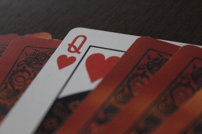 Тренировка сколодой игральных карт: 4 масти накаждое упражнение
