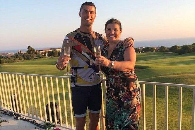 Роналду рассказал, почему запрещает матери посещать игры сего участием