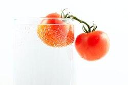 Почему томатный сок всамолете кажется вкуснее?