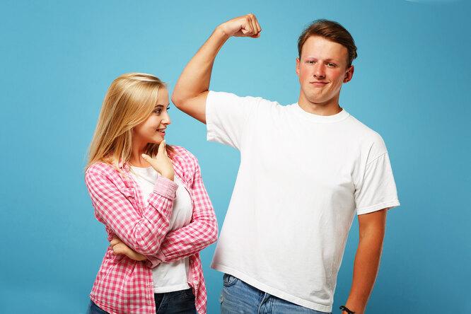 Как выбирать футболку, чтобы выглядеть мускулистым