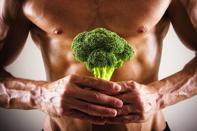 8 продуктов, которые полезно есть каждый день помнению онкологов