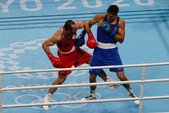 Российскому боксеру разрешили выйти нафинал Олимпиады под«фирменный» трек Хабиба