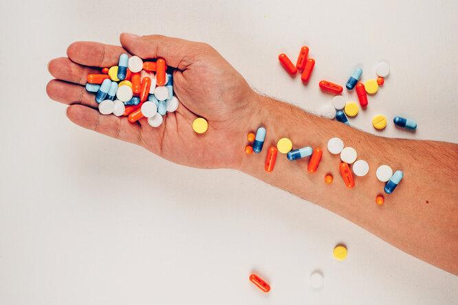 5 витаминов идобавок, откоторых мужчинам стоит держаться подальше