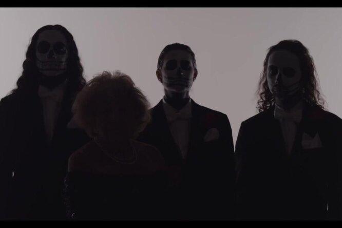Рок-бабуля: 97-летняя пенсионерка стала солисткой death metal-группы
