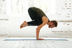 Йога дляначинающих: 10 простых асан накаждый день