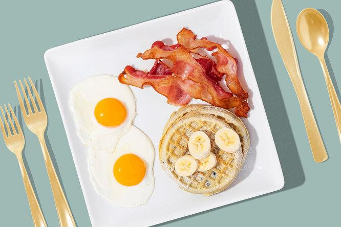 Яйцо или овсянка: как выбрать время ипродукты длязавтрака, чтобы сохранить здоровье