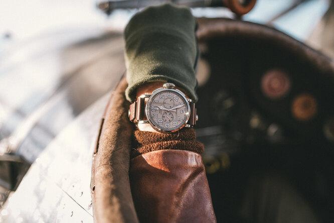 Покорители неба: часы Zenith Pilot Type 20 Chronograph Silver