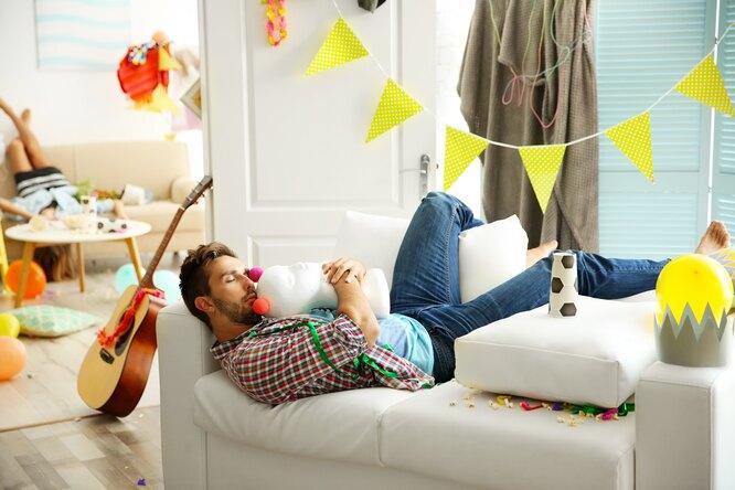 Как легко ипросто убрать квартиру после дружеской вечеринки