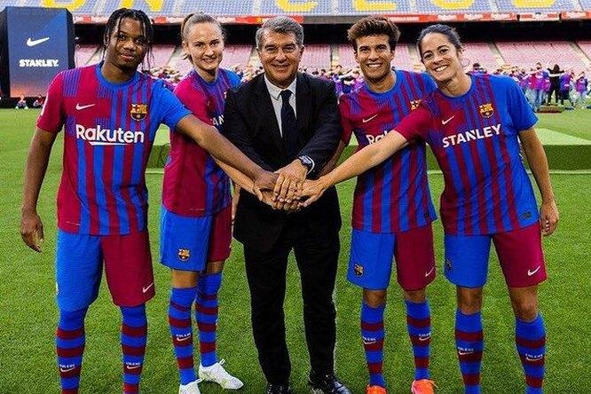 «В ближайшие 10 лет президентом клуба станет женщина»: Жоан Лапорта обудущем «Барселоны»