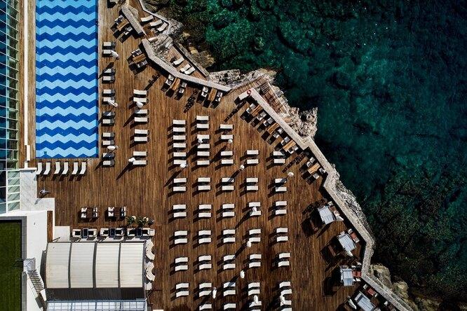 Пляж-платформа отеляRixos Premium Dubrovnik
