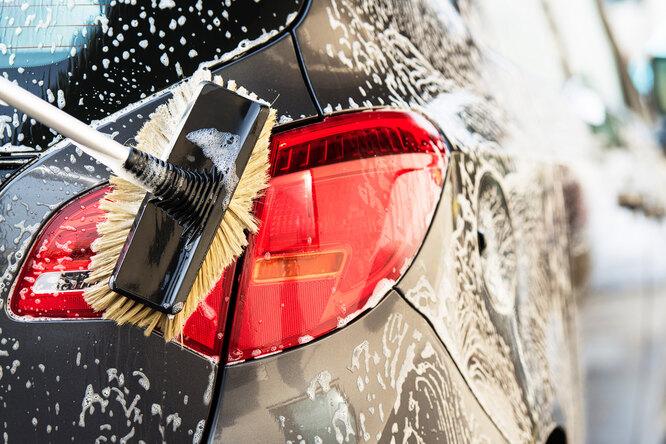 Как помыть автомобиль намойке самообслуживания заминимум денег