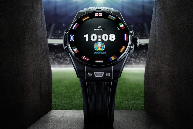 Компания Hublot, официальный хронометрист чемпионата Европы пофутболу, выпустила новую версию смарт-часов Big Bang e