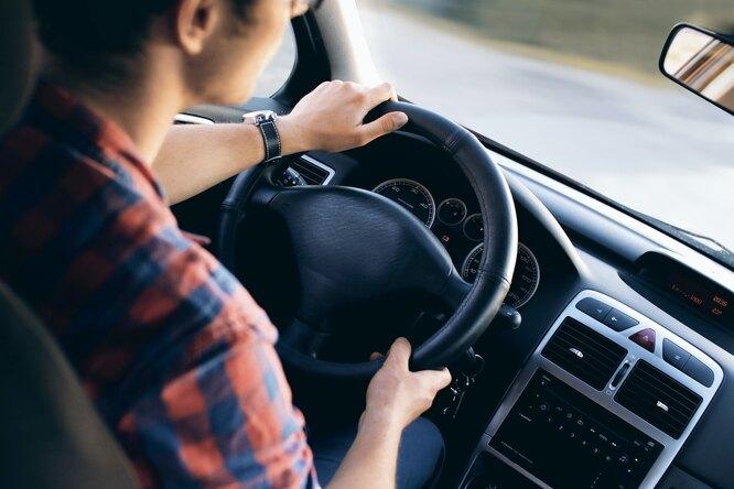 Автовладельцев предупредили овозможном подорожании ОСАГО