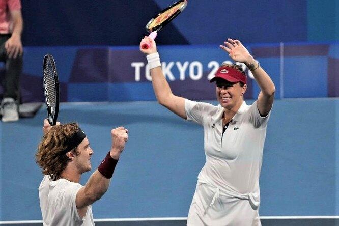 Российские теннисисты Рублев иПавлюченкова завоевали золото наОлимпиаде вТокио